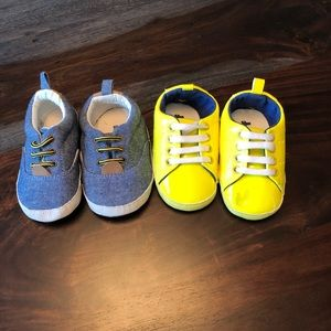 Set of 2 Baby Gap 12-18 month soft sole shoes